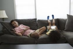Les heures d'écran des enfants nuisent à leurs capacités intellectuelles