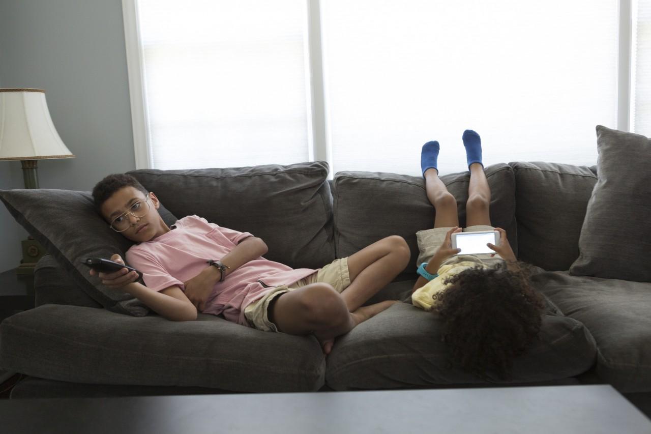 Les heures d'écran des enfants impactent leurs capacités intellectuelles