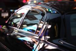 Les forces de l'ordre évaluent la conformité des vitres teintées