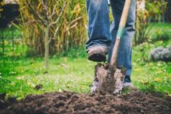Rehausser un sol n'est pas forcément autorisé avec un permis de construire accordé
