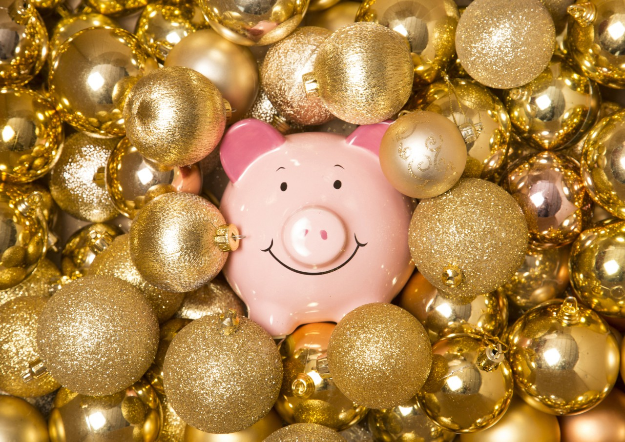 Les primes de Noël 2018 de certaines collectivités locales : chèques solidarité Noël, primes et bons cadeaux
