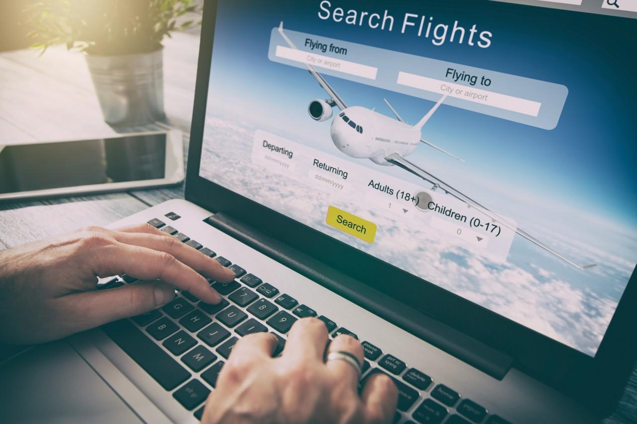 Acheter un billet d'avion en ligne le jeudi matin coute moins cher