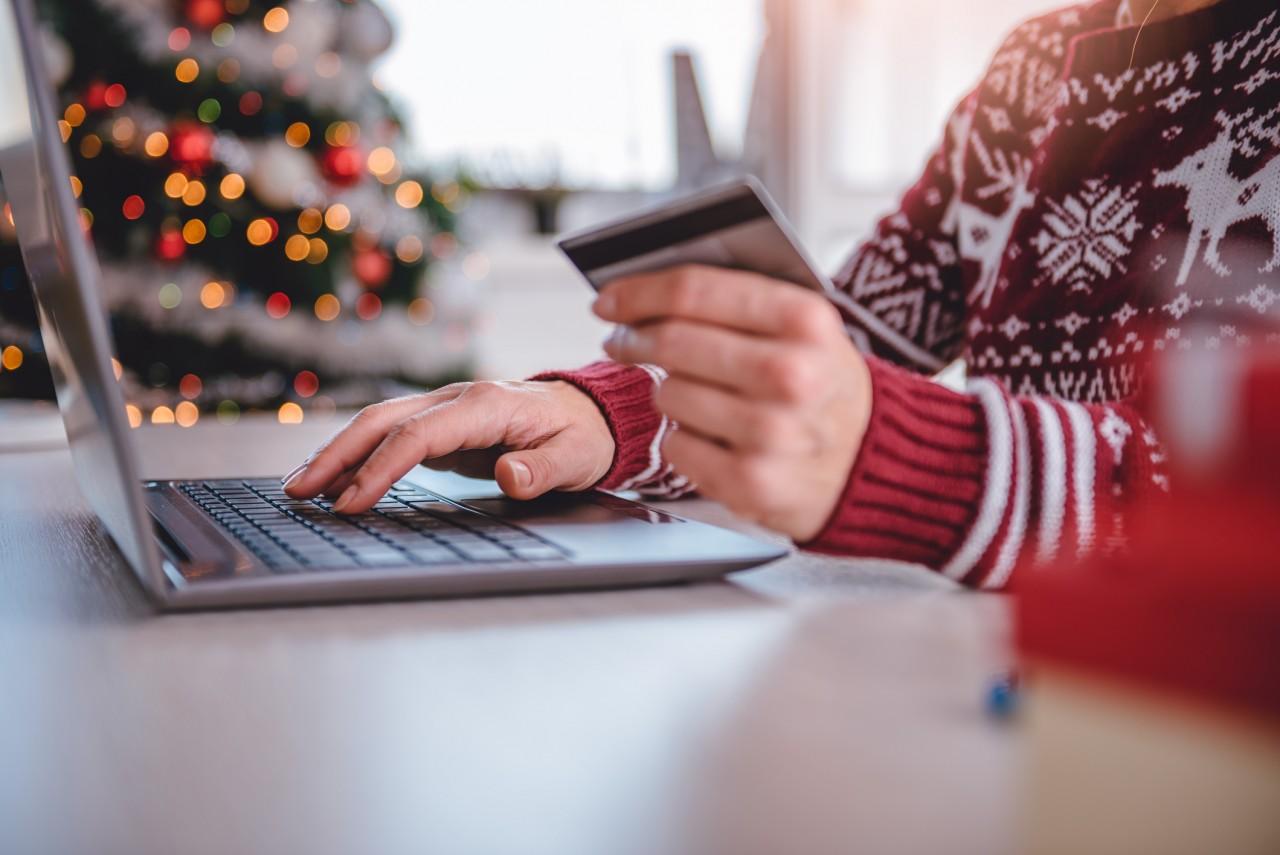 La DGCCRF alerte sur la dangerosité de certains articles de Noël achetés sur des plateformes de vente en ligne