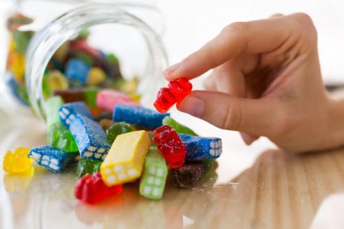 ColorantE171 bientôt interdit dans les produits alimentaires