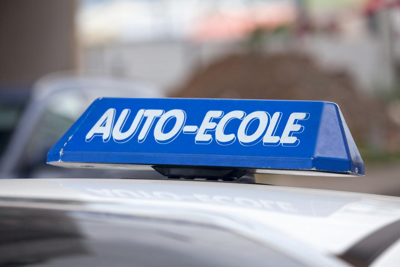 Les auto-écoles se mobilisent contre le projet de réforme du permis de conduire ce lundi 11 février
