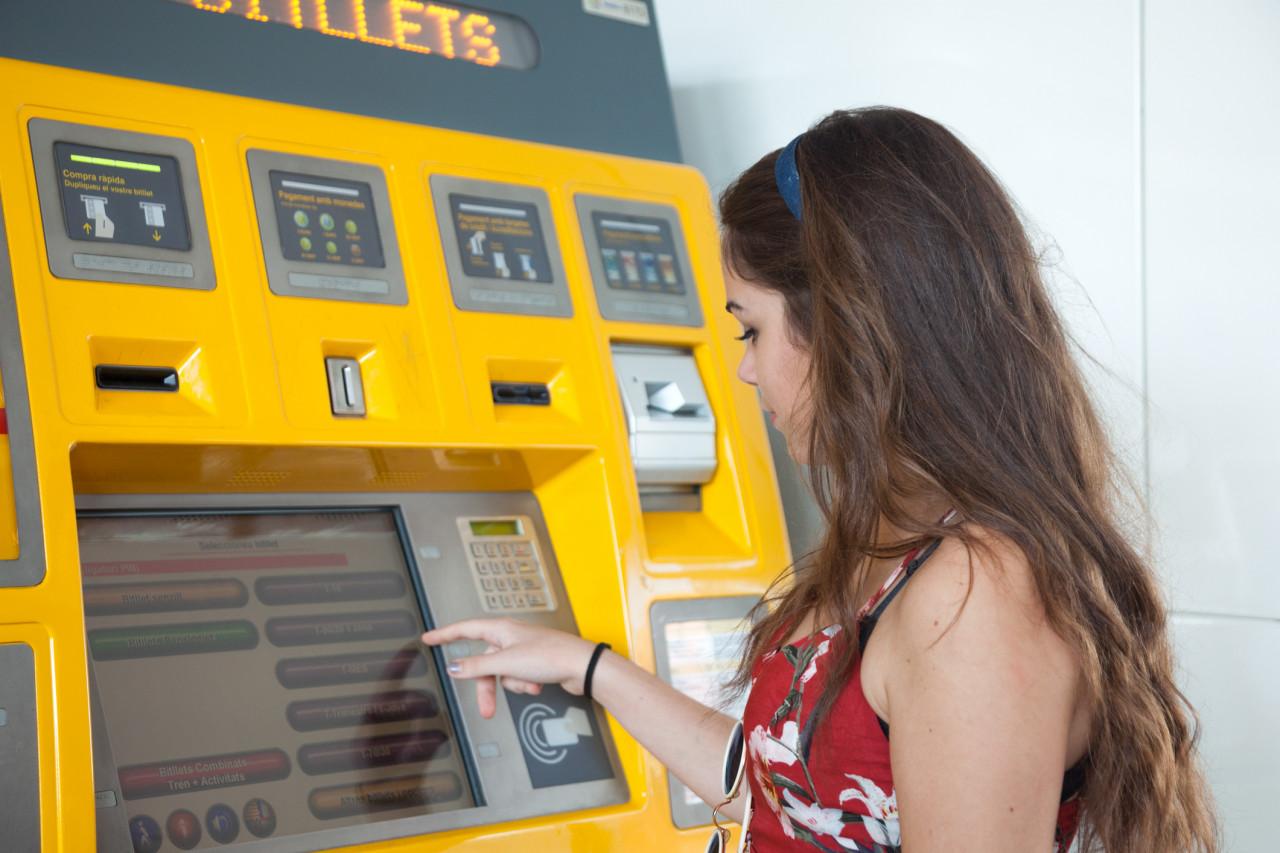 La SNCF proposera, dès le 9 mai, un tarif par classe, des billets tous échangeables et remboursables