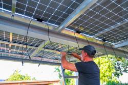 Changement de fenêtre, pose de panneaux solaires... les mauvaises pratiques des professionnels