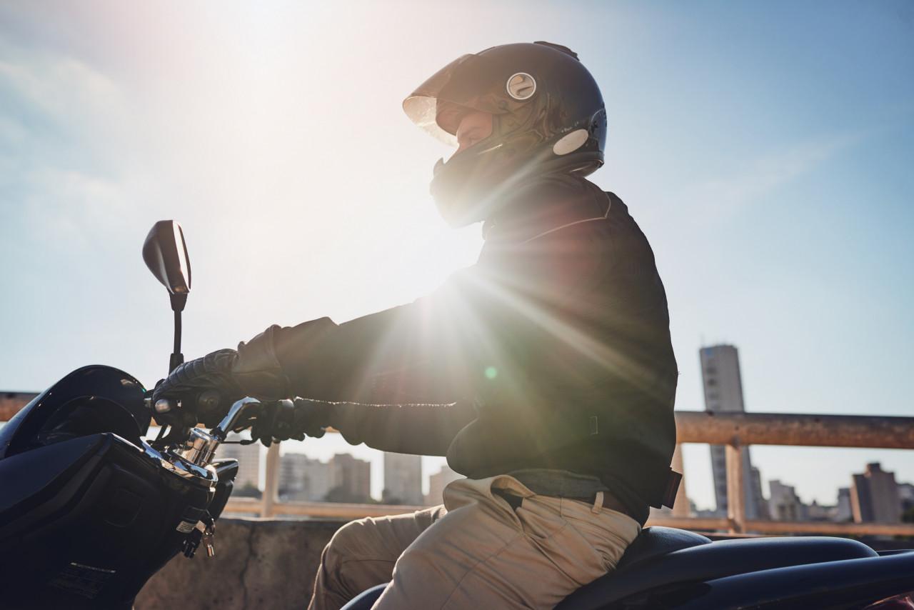 Débrider un cyclomoteur : Quel impact sur l'assurance?