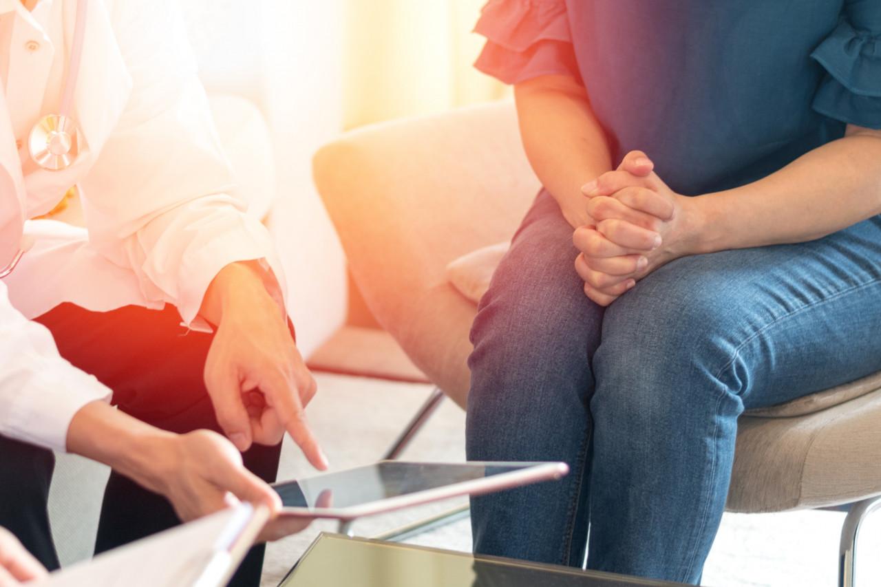 Greffe d'utérus: une première transplantation réussie en France