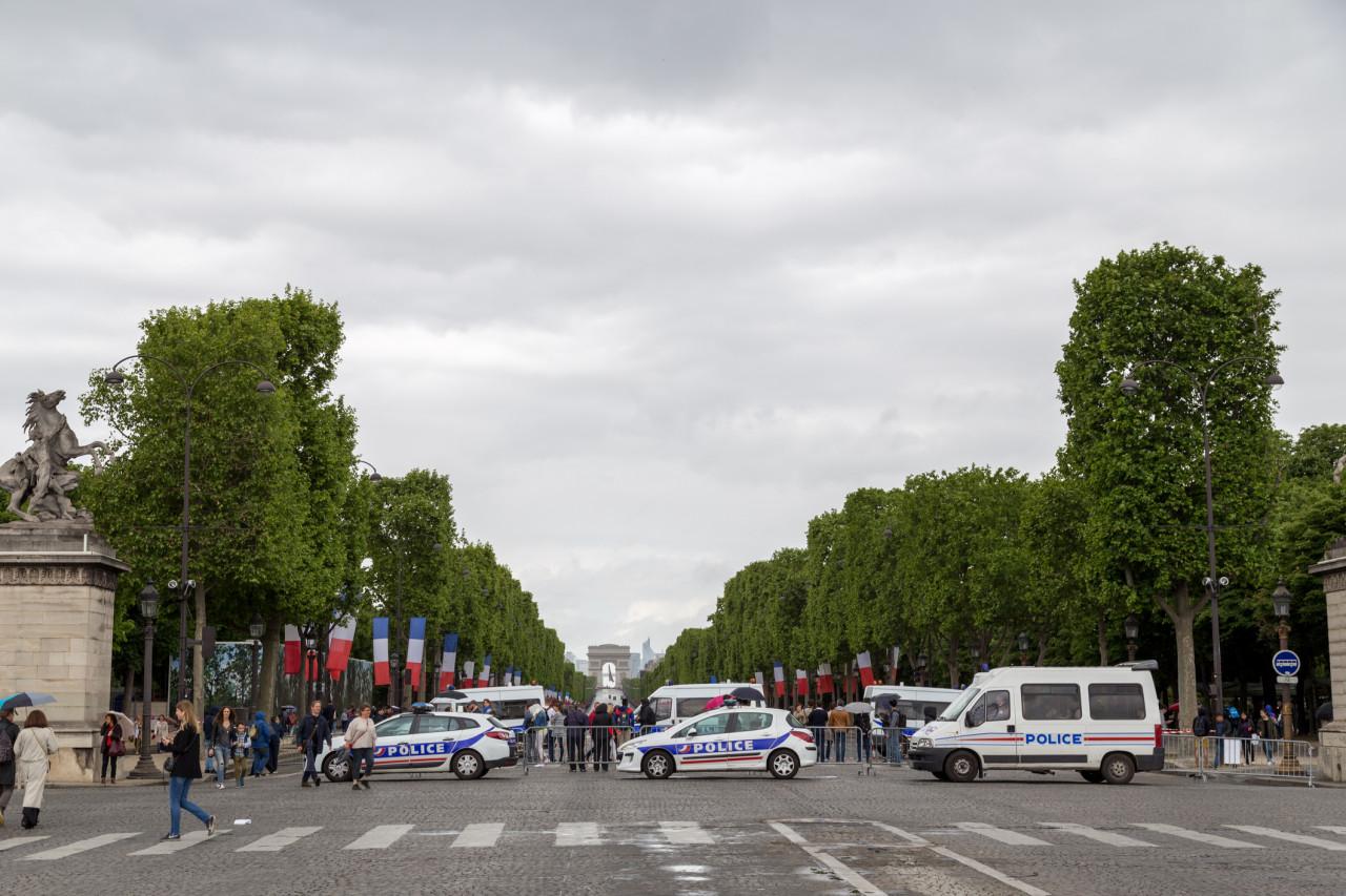 Manifestations Gilets Jaunes interdites le 18 mai sur les Champs-Élysées et près de Notre-Dame