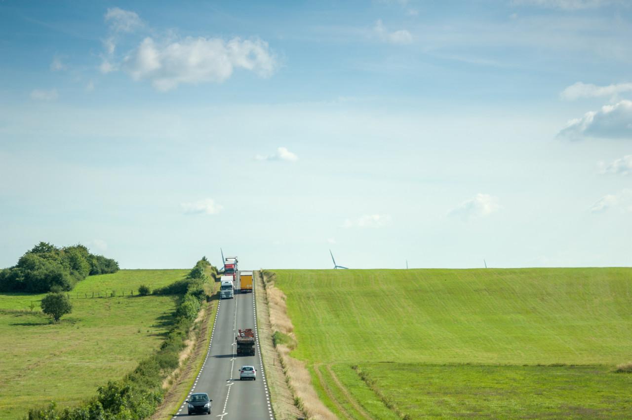 Retour à 90 km/h autorisé : Conséquences pour les départements et automobilistes