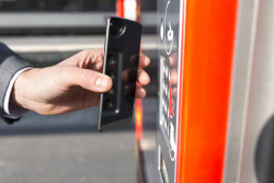 Abonnements et tickets de transports parisiens sur smartphone à partir de septembre