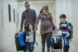 Ouverture de 3 nouveaux centres d'accueil pour migrants à Paris