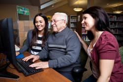 Solutions face à l'illettrisme numérique