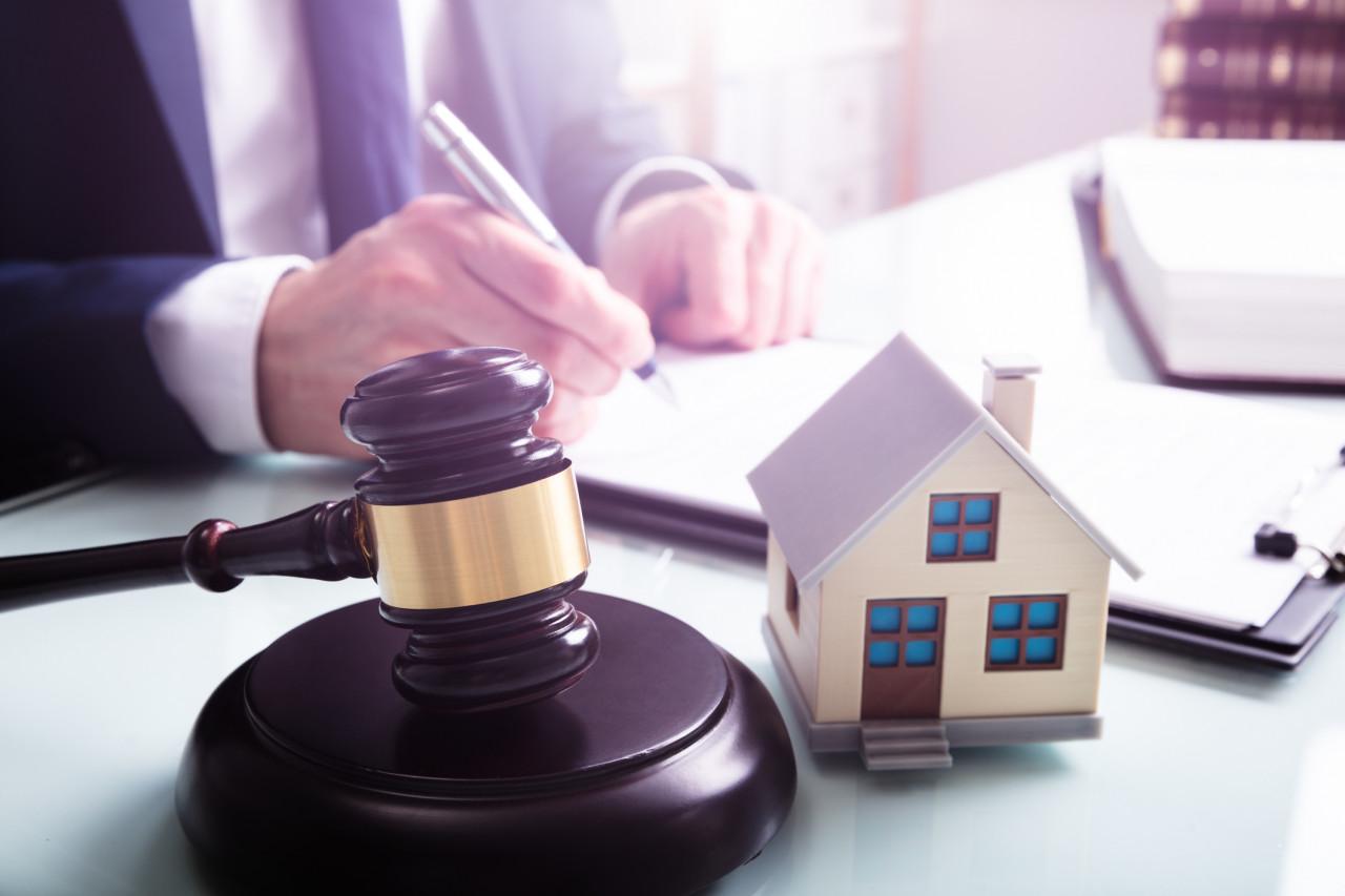 Vente sur saisie immobilière : le propriétaire doit déménager dès le prononcé du jugement