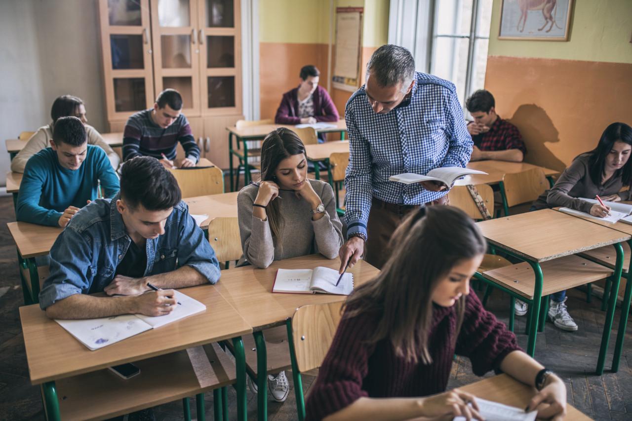 Un décret autorise la formation obligatoire des enseignants pendant les vacances scolaires