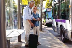 Tickets et abonnements de transports parisiens sur téléphone