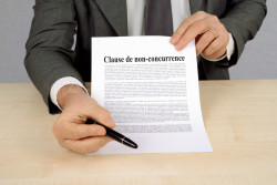 La renonciation à la clause de non-concurrence doit être formalisée par l'employeur
