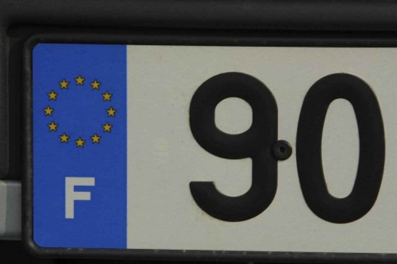 Immatriculation: Les conducteurs pourront conserver leurs anciennes plaques après 2020