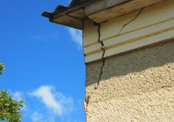 Les catastrophes naturelles ayant affecté un logement doivent être signalées à l'acheteur