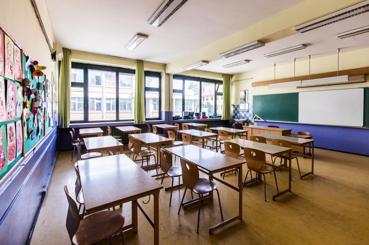 Les crèches et les établissements scolaires et universitaires fermés «jusqu'à nouvel ordre»