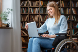 L'association Droit Pluriel propose une aide juridique gratuite aux personnes handicapées