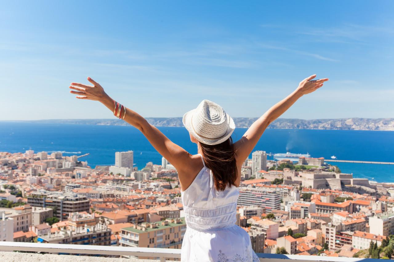 Vacances d'été et secteur du tourisme : ce qu'il faut retenir des annonces d'Édouard Philippe
