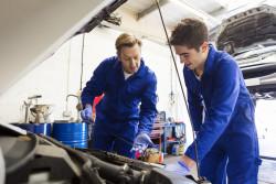 Les mesures annoncées pour l'emploi et la formation des jeunes