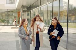 Ouverture de 10 000 places supplémentaires dans l'enseignement supérieur à la rentrée