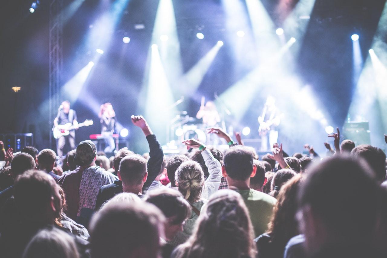 Les rassemblements culturels et sportifs de plus 5 000 personnes autorisés à partir du 15 août