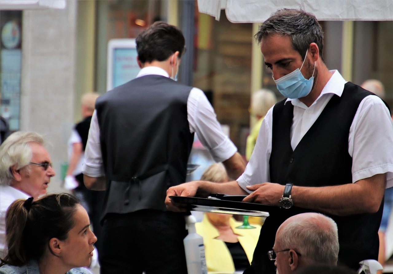Covid-19 : de nouvelles aides pour les entreprises contraintes de fermer