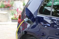 Un bonus de 1 000 euros versé pour l'achat d'un véhicule électrique d'occasion