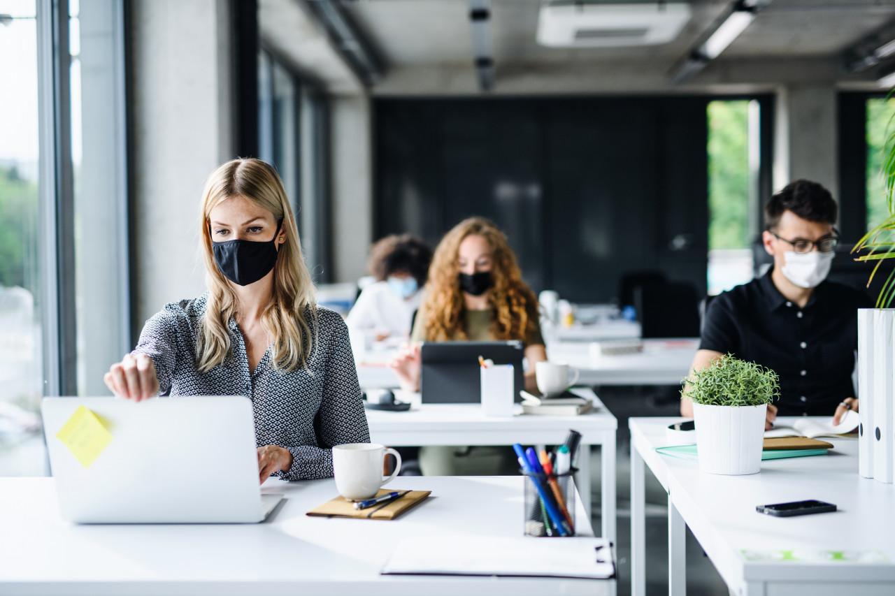 Port du masque en entreprise : quels métiers bénéficient d'une dérogation ?