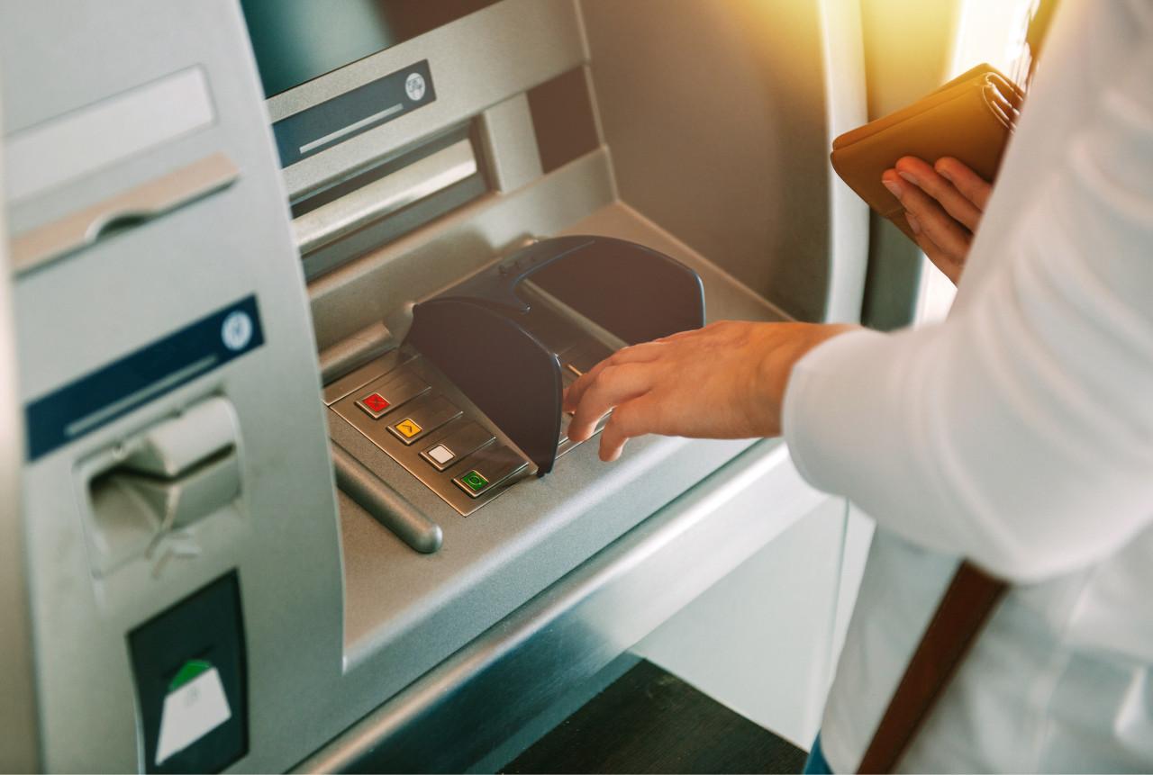 Banque : frais réduits plafonnés à partir du 1er novembre pour les clients fragiles