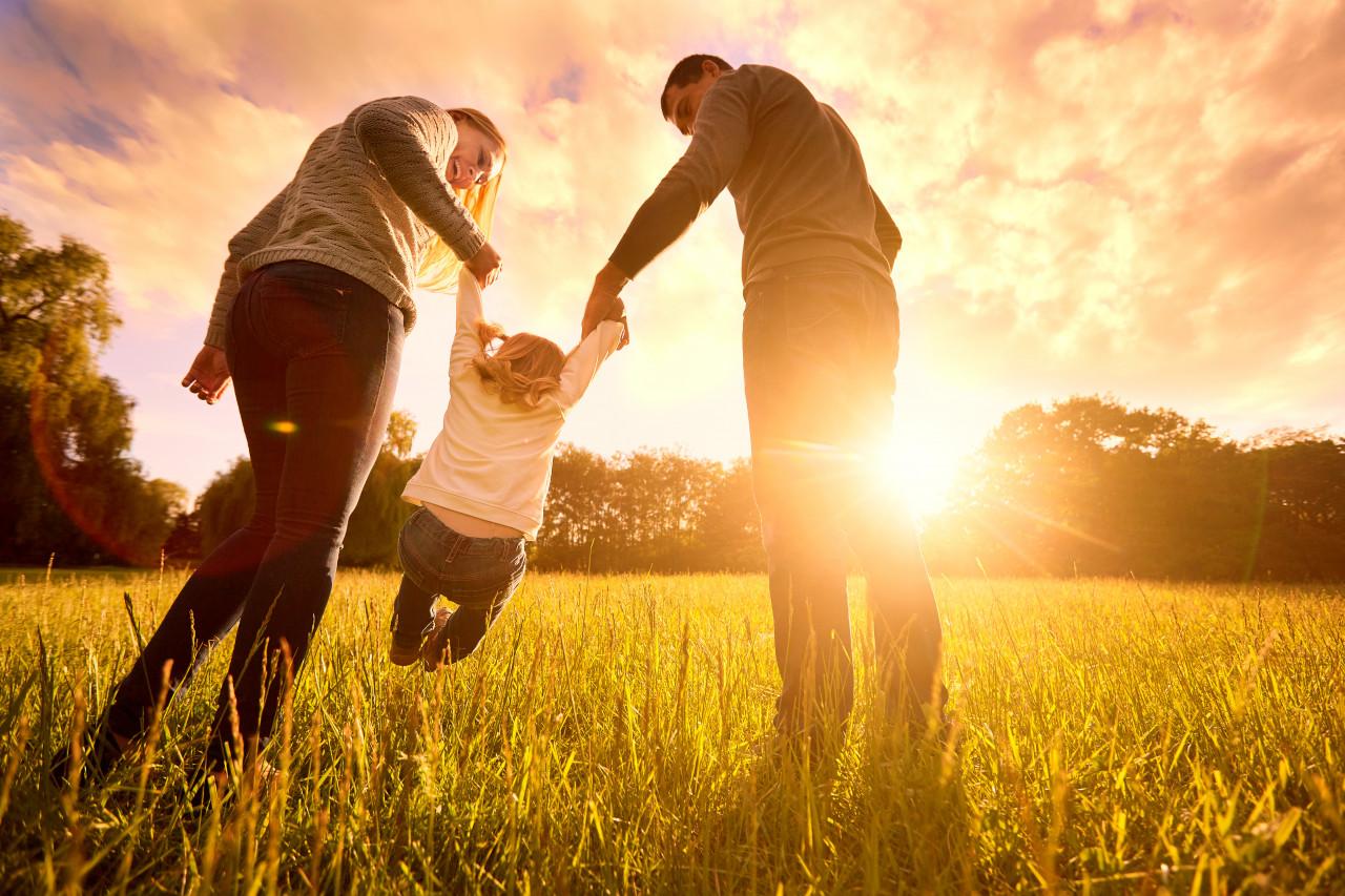 Adoption d'un enfant : le congé bientôt rallongé ?