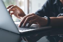 Titre de séjour : les ressortissants britanniques peuvent faire une demande en ligne