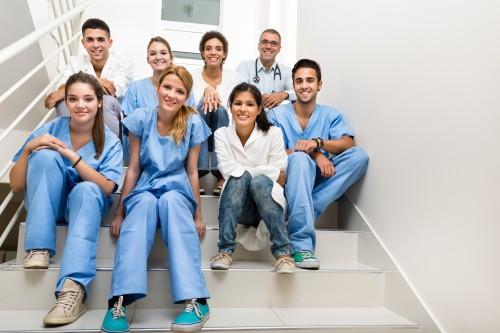 Santé : mise en place d'un service sanitaire pour les étudiants en santé en 2018