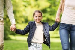 L'adoption pour les couples non mariés approuvée par l'Assemblée nationale