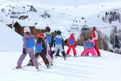 Stations de ski : des exceptions pour les remontées mécaniques et un nouveau dispositif de soutien économique