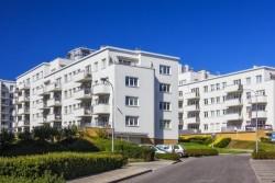 Droit au maintien dans un logement social : les foyers dont les revenus sont supérieurs à 150 % du plafond de ressources sont concernés