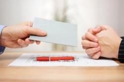 Lettre de licenciement : les motifs du renvoi peuvent être précisés dans les 15 jours