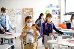 Covid-19 : quelles sont les nouveautés du protocole sanitaire dans les écoles ?