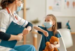 Tests salivaires à l'école : 17 000 étudiants vont être recrutés