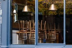 Bars et restaurants : la réouverture se fera en trois étapes