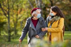Le port du masque est-il encore nécessaire lorsque l'on est vacciné?