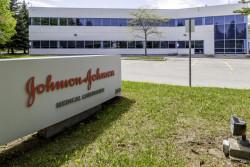 Covid-19 : le vaccin Johnson & Johnson fait l'objet d'une enquête après l'apparition de cas de thrombose