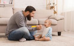 Les pères toujours réticents à prendre un congé parental