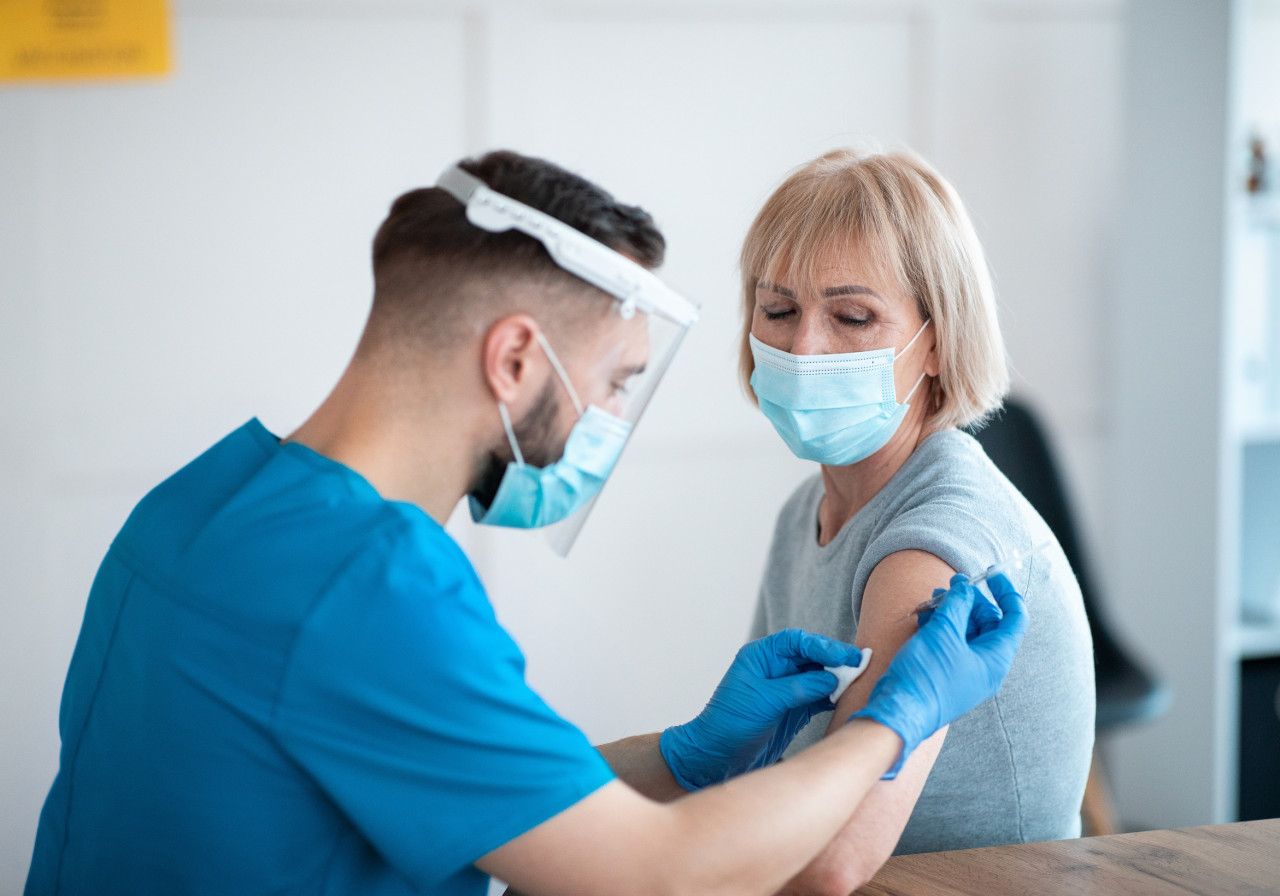 Covid-19 : la vaccination ouverte à tous les plus de 55 ans