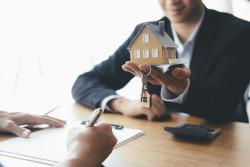 Crédit immobilier: les conditions d'octroi bientôt encadrées par une norme juridique