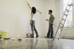 Travaux réalisés avant une vente immobilière : le travail d'un amateur est-il de même valeur que celui d'un professionnel?